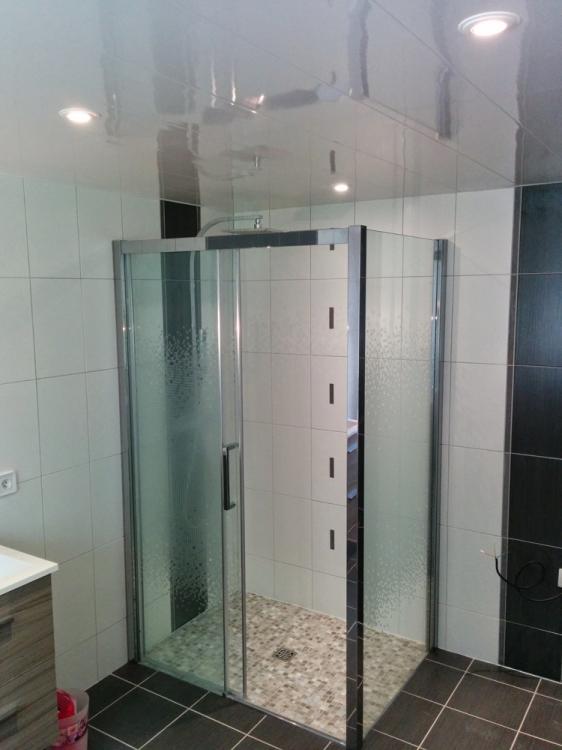 Cr ation salle de bain avec douche l 39 italienne le havre for Salle de bain originale italienne